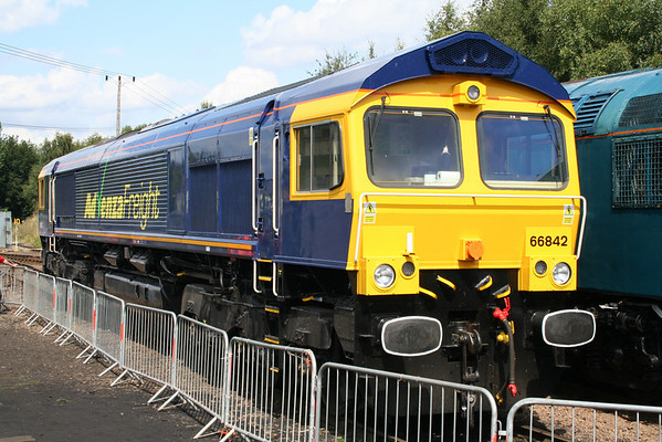 66842 in Barrow Hill Yard. 08.08.09