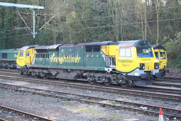 70017 in Ipswich station sidings. 28.11.12