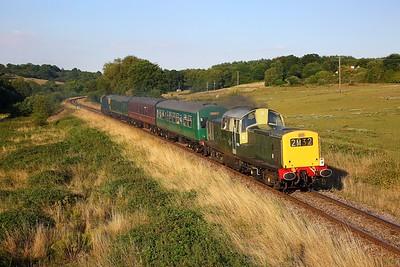 D8568 tnt 33201 on the 2J29 1755 Tunbridge Wells West to Eridge at Pokehill farm on the 3rd August 2018
