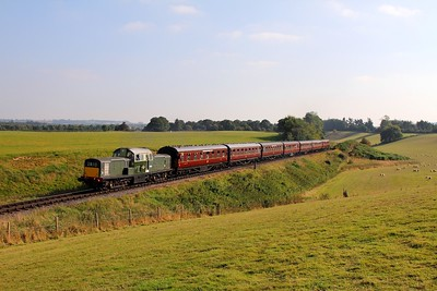 D8568 on the 1347 Kidderminster to Bridgnorth at Eardington on the 2nd October 2015