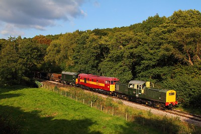 D8568+31466+D8059 on the 1645 Parkend to Lydney junction near Norchard on the 17th September 2017