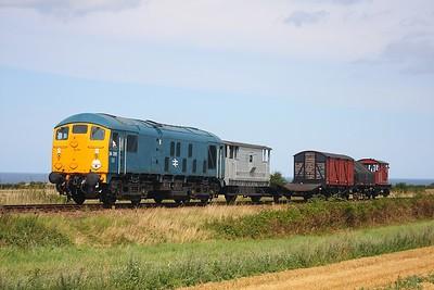 24081 Sherringham to Holt near Weybourne on 16th August 2009
