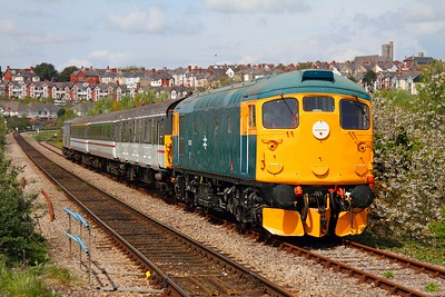 26038 arrives at Barry Island on 7th May 2012