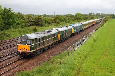 31190+31601+45133 on the 5Z45 Chaddesden to Dereham at Cossington on the 24th May 2014