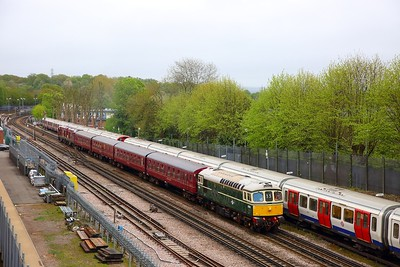 33012+4TC+20142+20227 with the 1Z33 1022 Harrow on the Hill to Quainton Road (Train 746 from Neasden depot) at Rickmansworth on the 29th April 2018 1