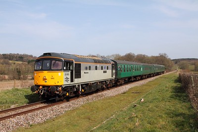 33063 on the 2J33 13 55 Tunbridge Wells to Eridge at Pokehill farm on 1st April 2016