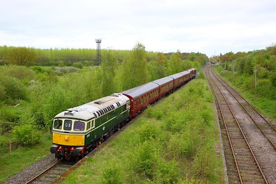 33012+4TC+20142+20227 with the 1Z33 1022 Harrow on the Hill to Quainton Road (Train 746 from Neasden depot) at the old station at Calvert on the 29th April 2018  66749 is in the waste transfer station