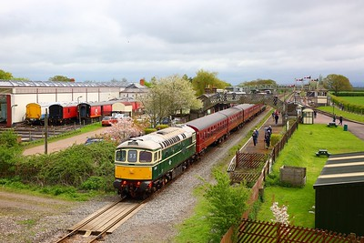33012+4TC+20142+20227 with the 1Z33 1022 Harrow on the Hill to Quainton Road (Train 746 from Neasden depot) at Quainton Road on the 29th April 2018 1