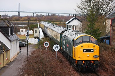 40145_Clanaharry with the 1Z71 0900 Inverness to Kyle of Lochalsh on 4th April 2010