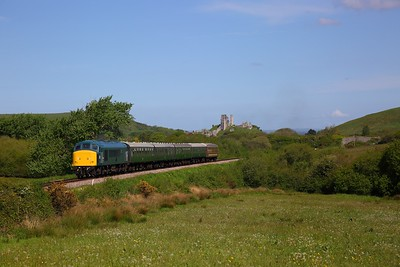 45041 on the 1000 Norden to Swanage at Corfe Common on the 13th May 2018