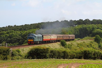 D182 approaching Weybourne with the 0925 Sheringham to Holt on the 9th June 2017
