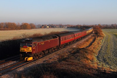 47245 tnt 47580 on the 1Z36 Skegness to Bristol Temple Meads at Lockington on the 13th December 2014