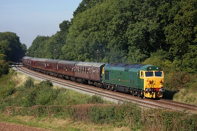50007 working 2A30 1425 Loughborough to Leicester at Kinchley Lane on 12 September 2009  Class50, GCR