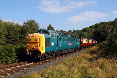 55019 on the 1259 Kidderminster to Bridgnorth at Foley Park on the 2nd October 2015