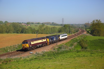 57305+37423+82152 on the 5Z56 Norwich Crown Point to Cardiff Canton via WCML and marches at Brantham on the 8th May 2018