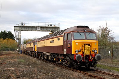57305+57312 on the 6M56 Berkeley to Crewe flasks at Berkeley on the 11th November 2015