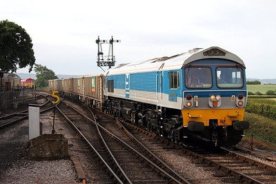 59002 working the 0845 Bishops Lydeard to Minehead at Nethercott on 10 June 2011, Class59, Yeoman, DB, WSR