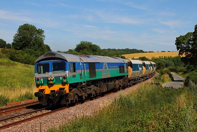 59005 on the 6V18 Hither Green to Whatley at Crofton on the 18th July 2014