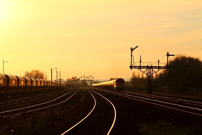 60017 6E41 Westerleigh to Lindsey at Barnetby on the 24th November 2014
