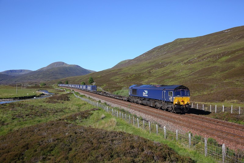 66422 on the 4H47 Mossend to Inverness near Dalwhinnie on the 27th June 2019