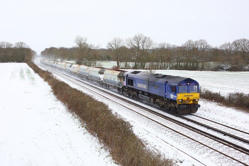 66051 working 6Y93 Purley to Hoo Junction up yard at Crowhurst, Edenbridge on 9 February 2021  DB66, Maritime66,  RedhillTonbridgeLine