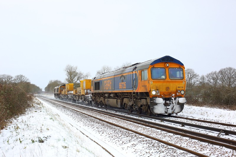 66735 leading 66722 working 3Y07 0415 Tonbridge West Yard Gbrf to Tonbridge West Yard Gbrf via Dorking at Crowhurst, Edenbridge on 9 February 2021  GBRf66, TonbridgeRedhillLine, SITT