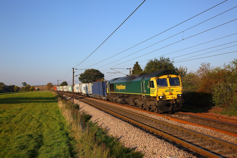 66953 on the 4L85 Doncaster to Felixstowe at Dagworth, Stowmarket on the 10th October 2018