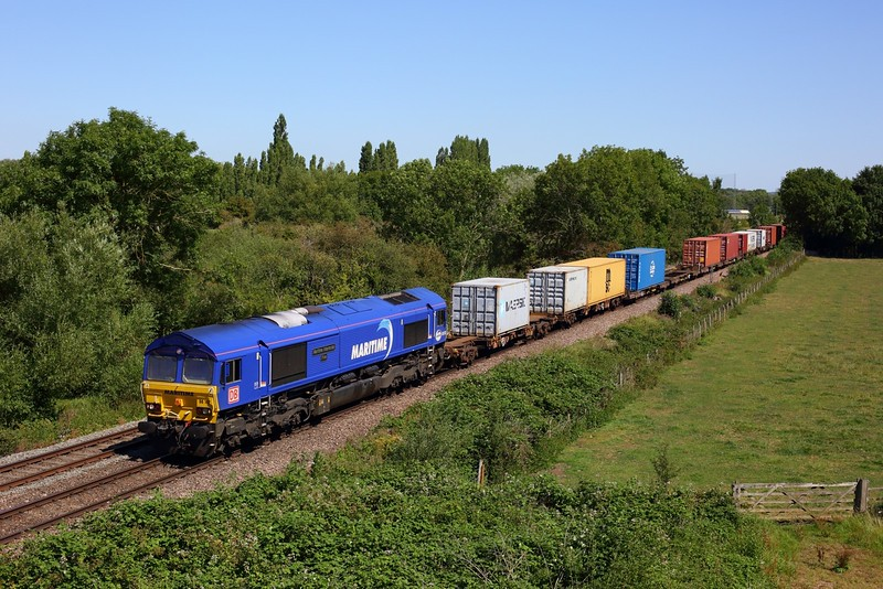 66162 on 4M79 Felixstowe to East Midlands Gateway at Syston on 7 August 2020