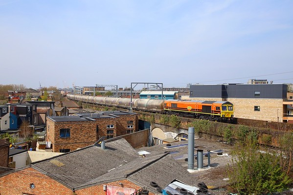 66623 on the 6L45 Hope to Dagenham at Leyton Midland Road on the 18th April 2019