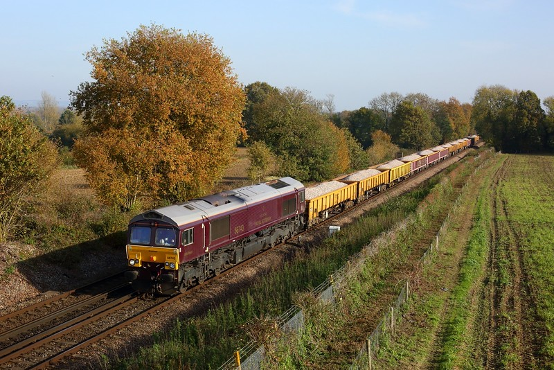 66743 working 6C03 1141 Hoo Junction Up Yard to Tulse Hill Signal VC165 at Tudeley on 7 November 2020  GBRf66, Engineers, SouthEasternMainline