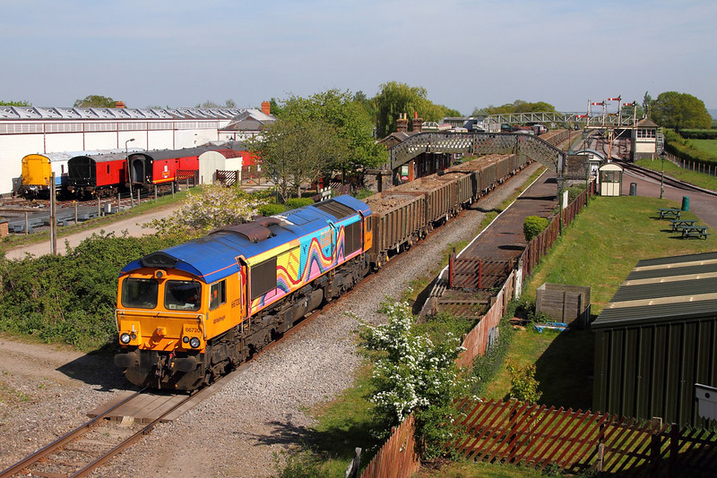 66720 on the 6M01 Cricklewood to Calvert at Quainton Road on the 10th May 2017 2