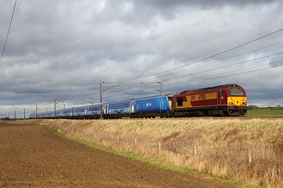 67028+Sky1 HD set+91117 on the 5E05 1140 Doncaster to Bounds Green at Marston near Grantham