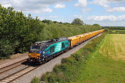 68009 on the 6U77 Mountsorrel to Crewe Basford Hall at Barrow upon Trent on the 2nd June 2015