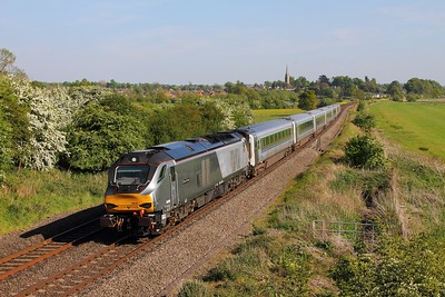 68010 on the 1K45 London Marylebone to Kidderminster at Kings Sutton on the 10th May 2017