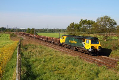 70010 at Red Bank with the 6C16 Crewe BH to Carlisle on 2nd May 2011