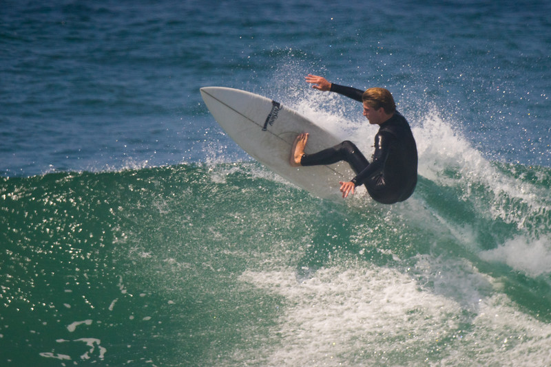IMAGE: https://photos.smugmug.com/Digital-Archive/Sports/Surf/i-HSg4Cjh/0/L/DSC02855-L.jpg