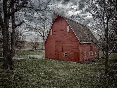 T - Nebraska Red Barn