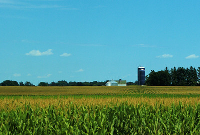 pc-Iowa Farm-