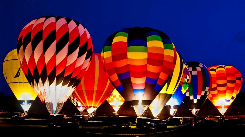 ac-Night Time_ Balloon Glow