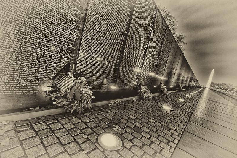 pm-Vietnam Veterans Memorial