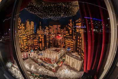 pc-Holiday Window