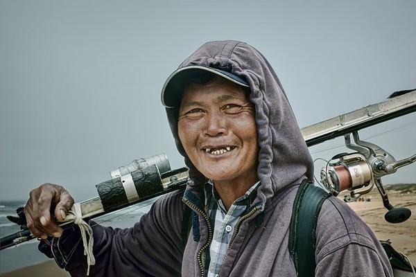 pc-The Happy Fisherman 2nd Nikki McDonald.jpg