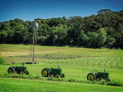 T - #2 Tractors Loess Hills Iowa