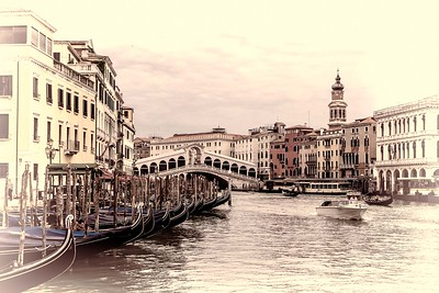 Dreaming of Venice	by	Dorothy Sansom