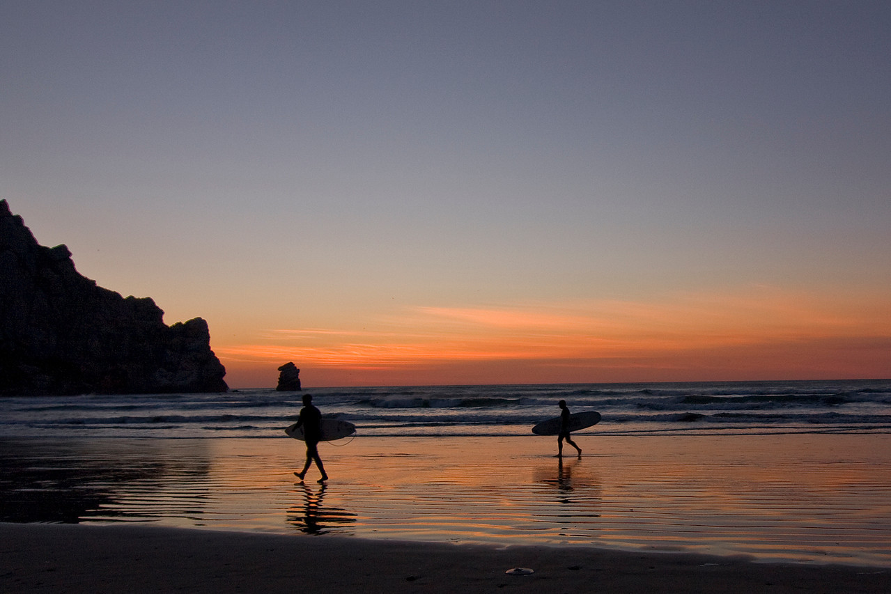 MB118.  Morro Bay Surfers, Morro Bay, California