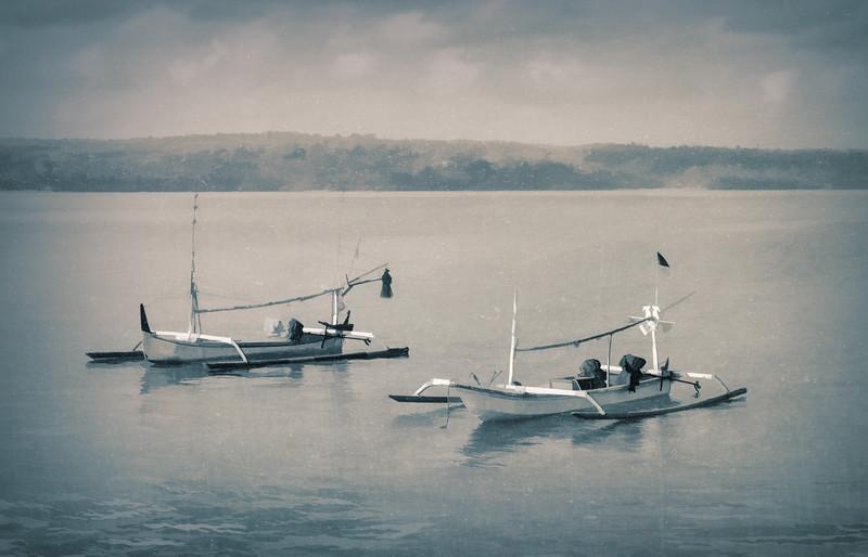 Two Perahus