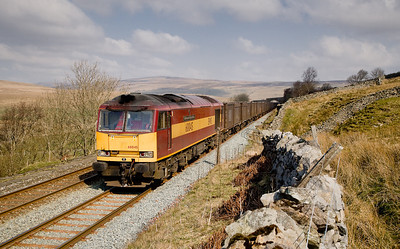 310307 60045 heads away from Garsdale with the 6E13 1240 Newbiggin-Milford emty Gypsum working