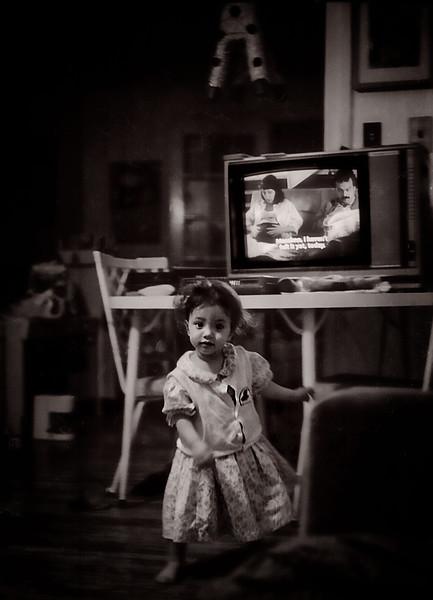 Una, Not Watching TV