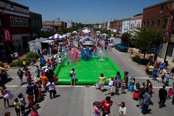 "2011 Dillon ""Celebrate Main Street"""
