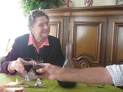Elli & Roger toast!